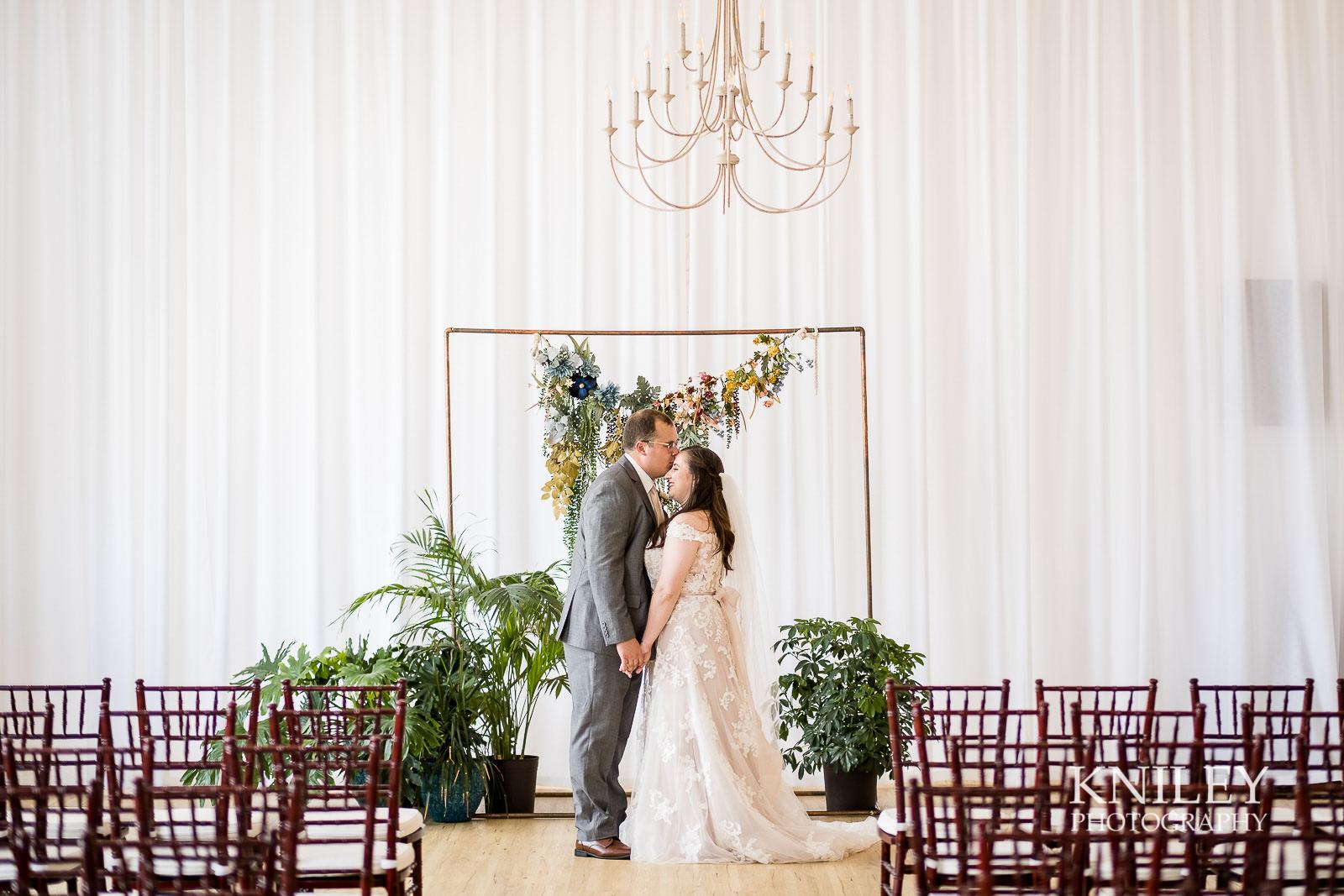 27-Arbor-at-the-Port-Rochester-NY-Wedding-Photography.jpg