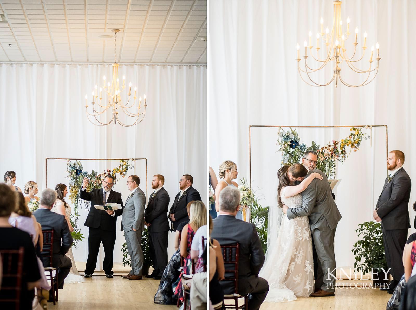 48-Arbor-at-the-Port-Rochester-NY-Wedding-Photography.jpg