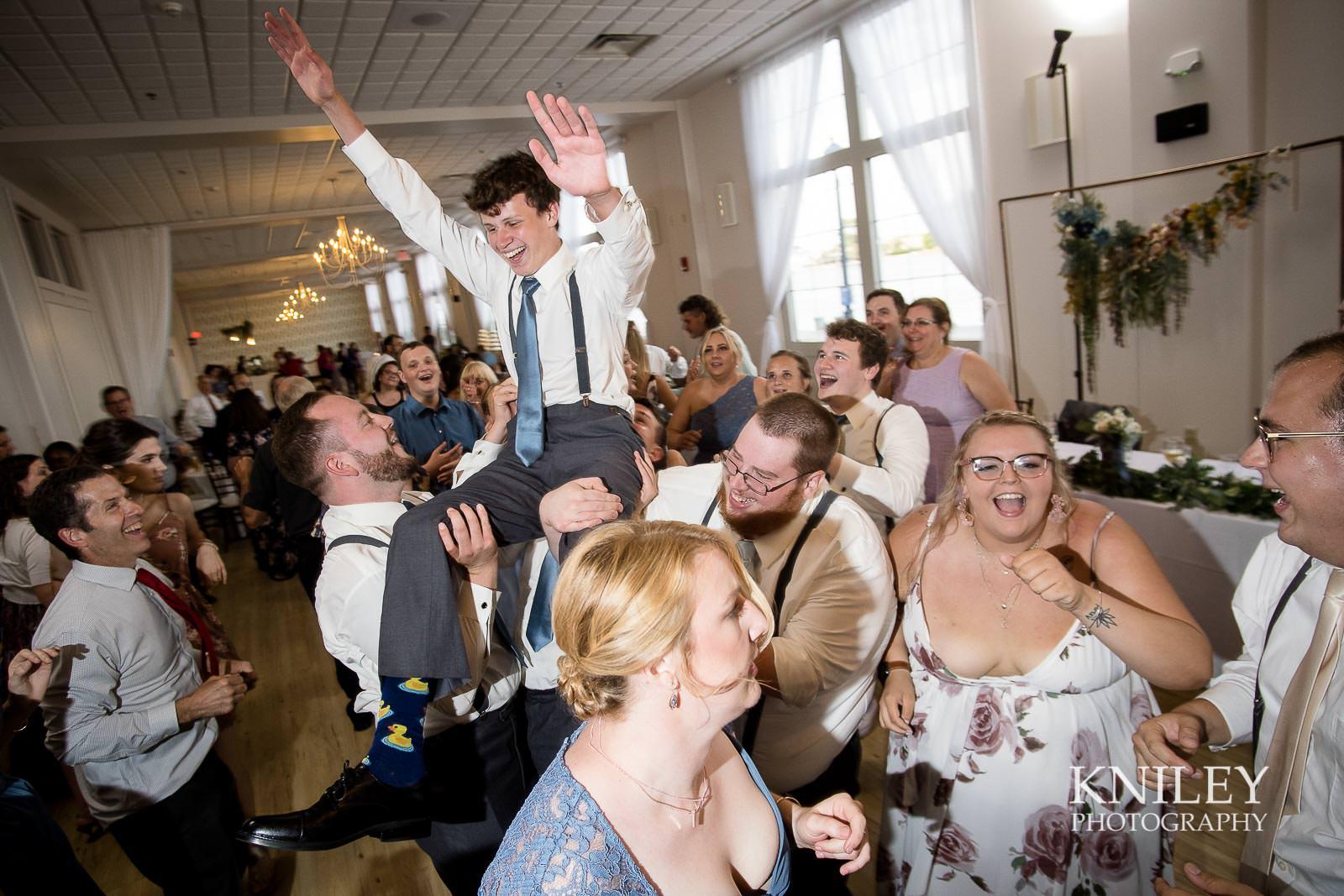 68-Arbor-at-the-Port-Rochester-NY-Wedding-Photography.jpg
