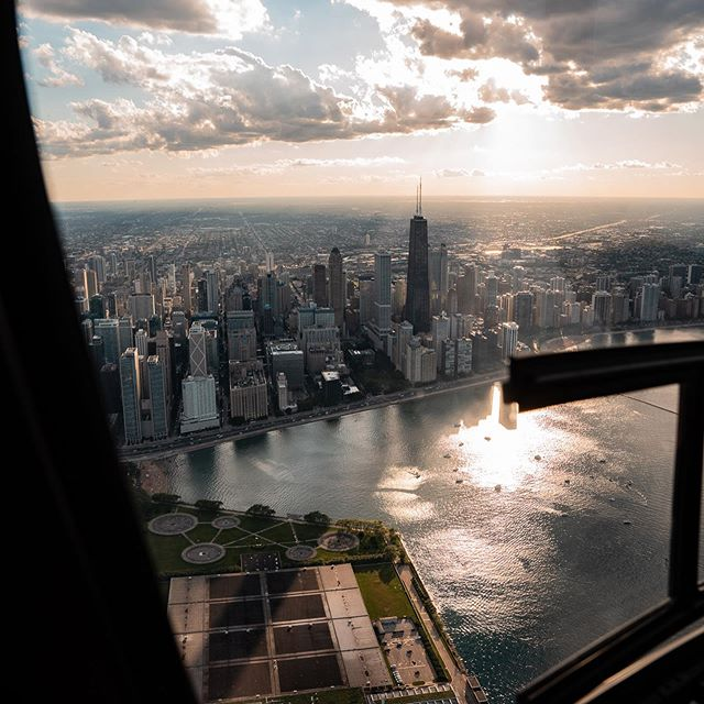 Some of my favorite shots from our recent trip to Chicago during our skippy ride. What a great way to see the city and @chicagoheli pilot/crew did a great job. 🚁🚁🚁