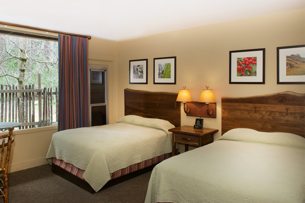 yosemite-valley-lodge-room_1000x667.jpg