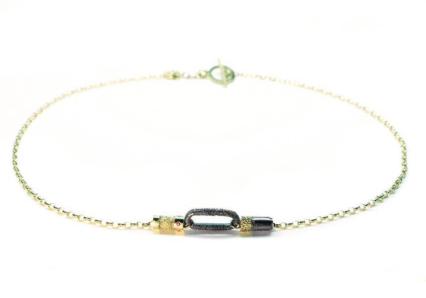 short_link_bead_necklace_welfe_Kelly_thompson_fashion_illustrator_blog_illustration_06382fa2-018c-4830-8afb-c7889711e593.jpg