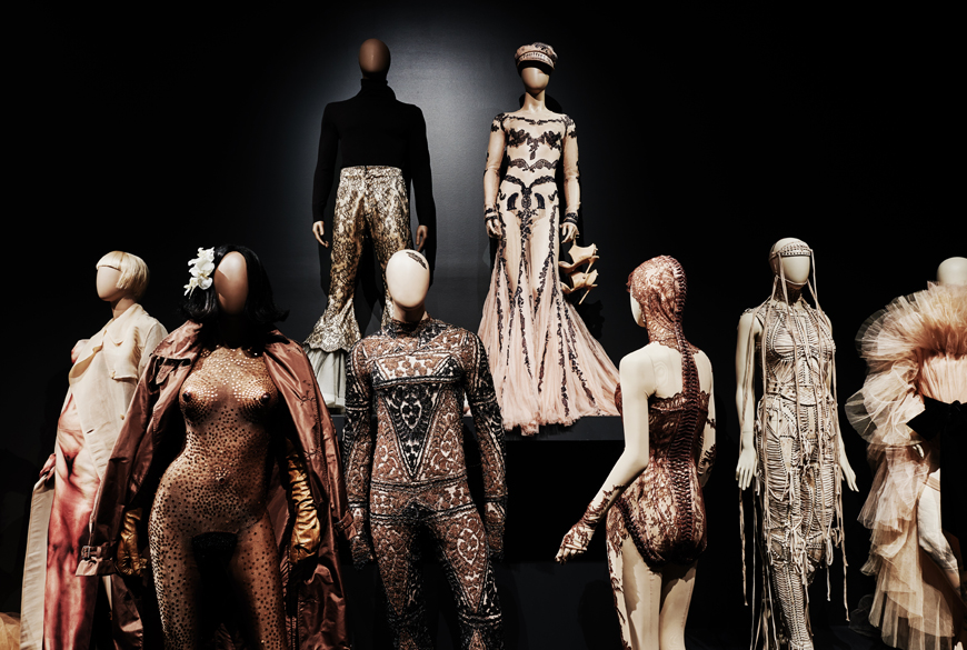 jpg_ngv_brookeholm_HR-3Jean_Paul_Gaultier_Kelly_thompson_blog_illustration_fashion.jpg