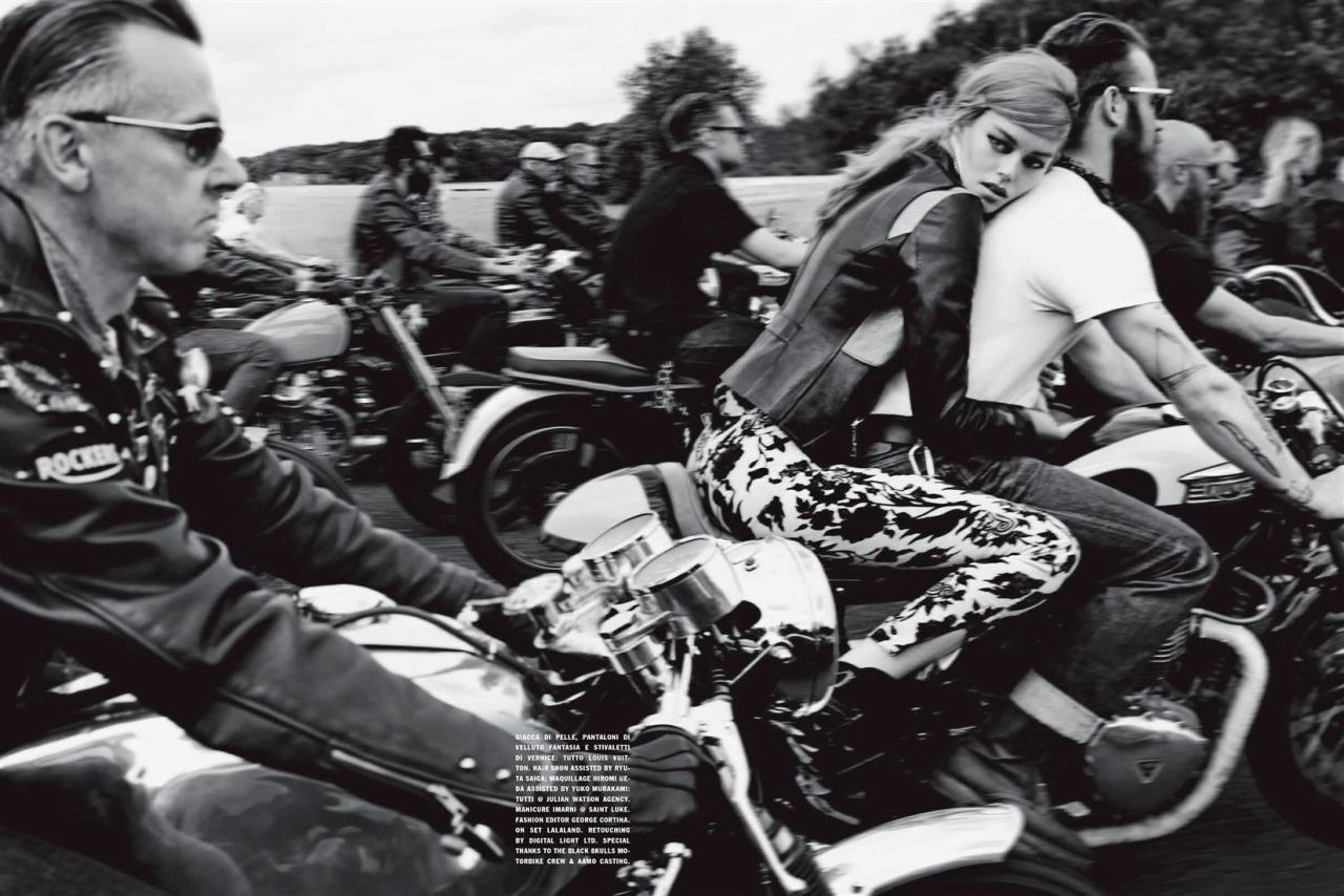 Vogue Italia biker style - photographer Solve Sundsbo