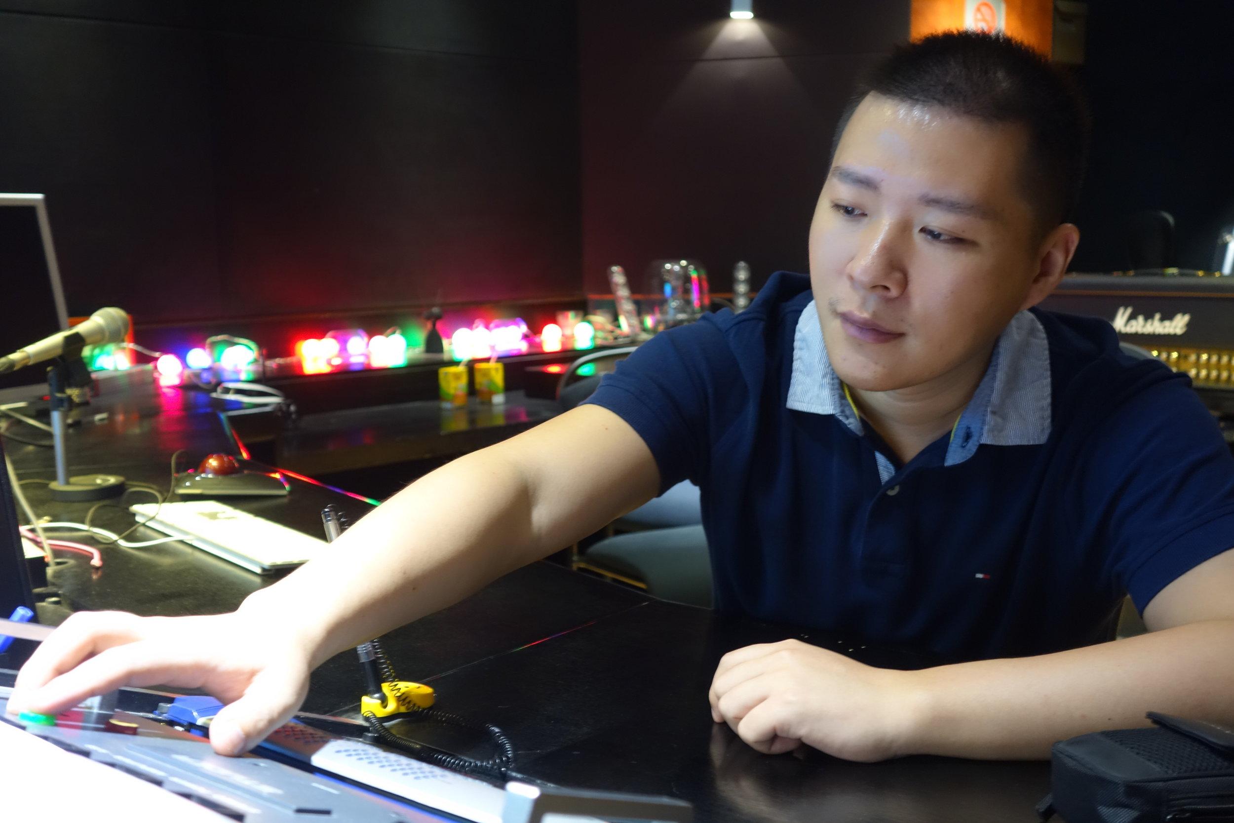 Zhiyi Wang 6.JPG