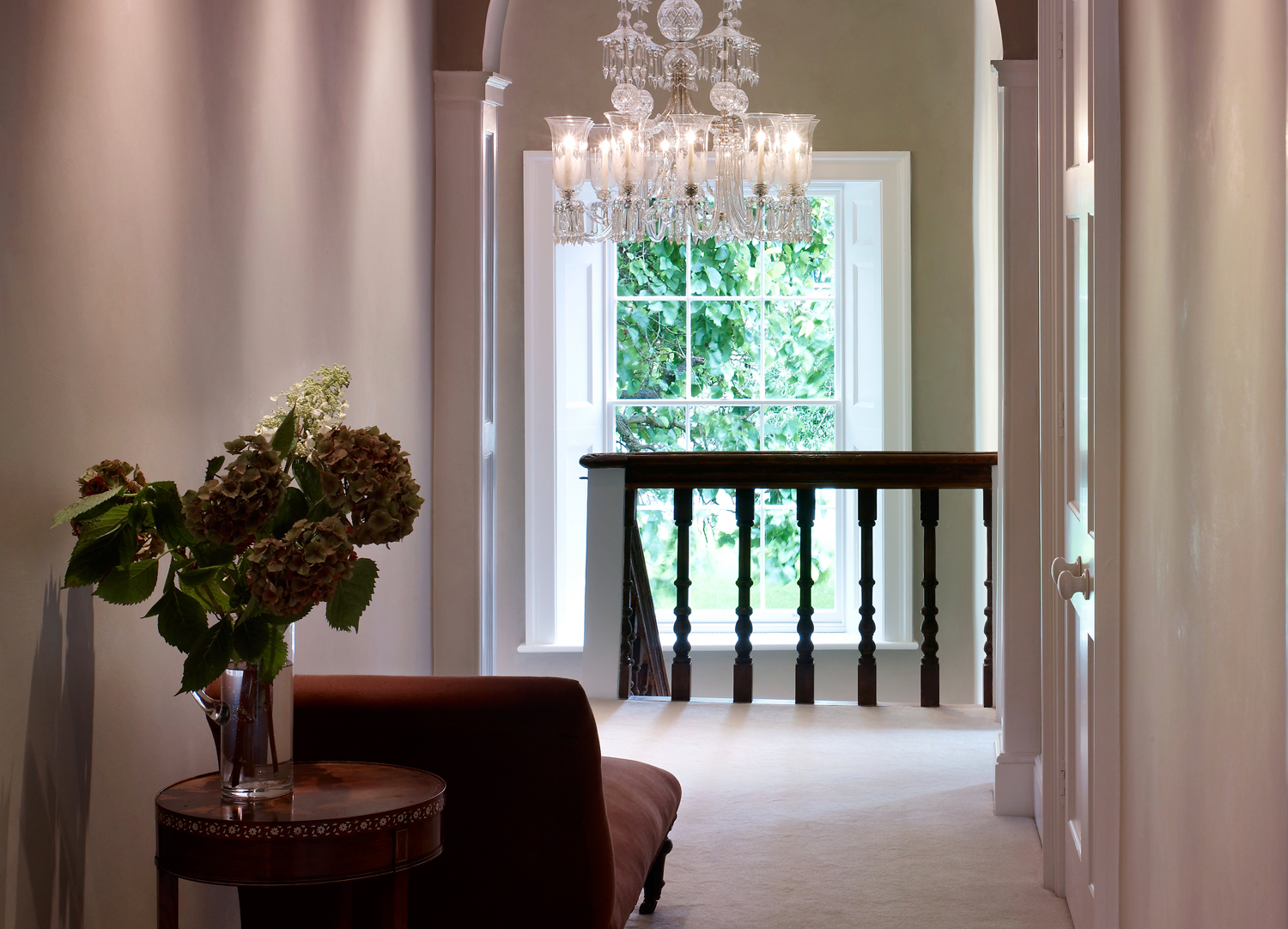 Jill Scholes Interior Design, Oxfordshire Country House, hall with chez-lounge and chandelier