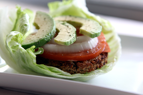 Photo from :  With Style & Grace  - Burger w/ Lettuce Wrap