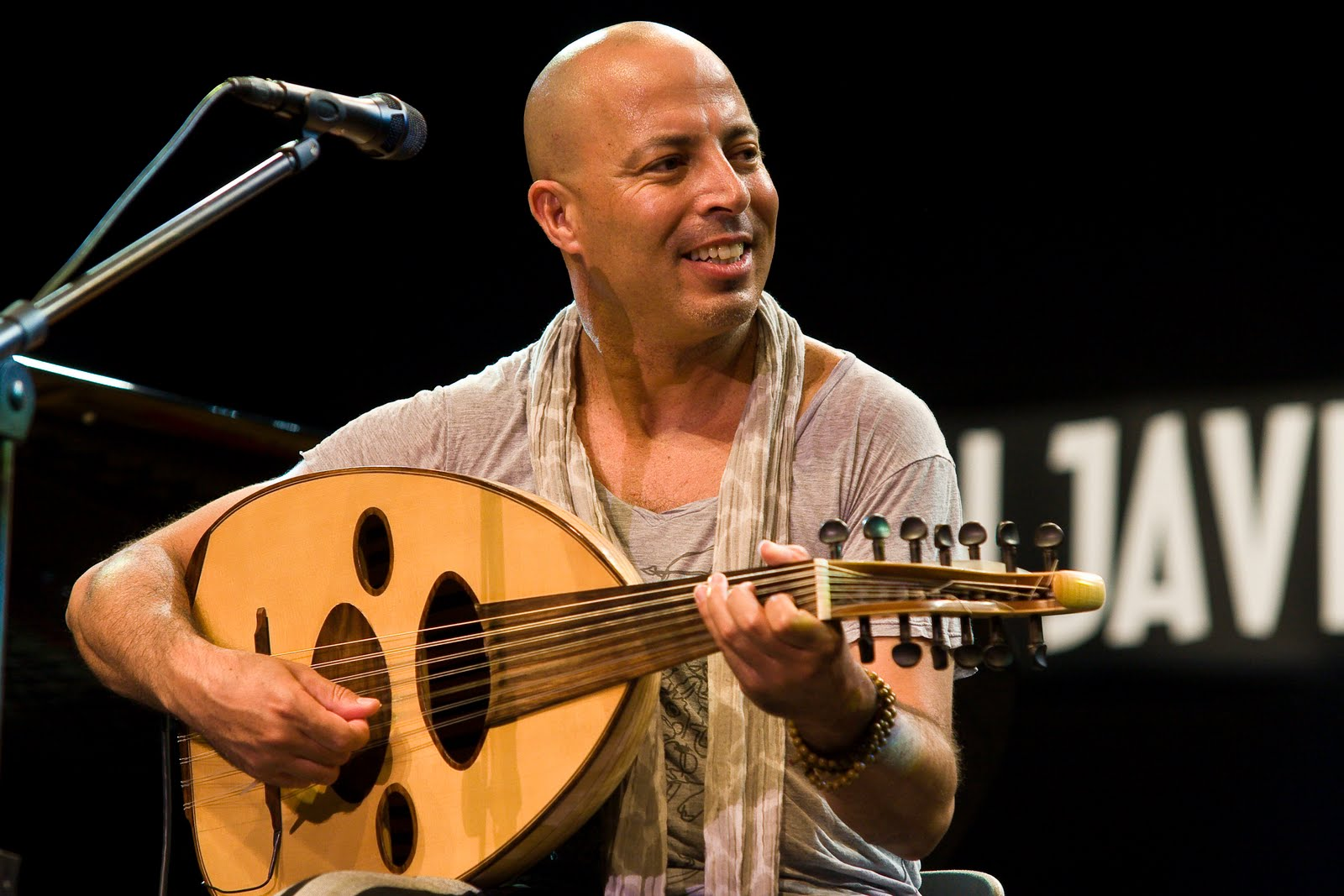Dhafer Youssef, combination of western, orient, jazz