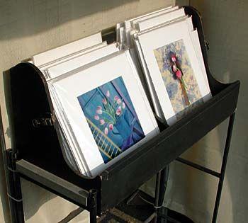 1941cf9d496535dc40da516efb2bb741--photo-displays-print-display-ideas.jpg