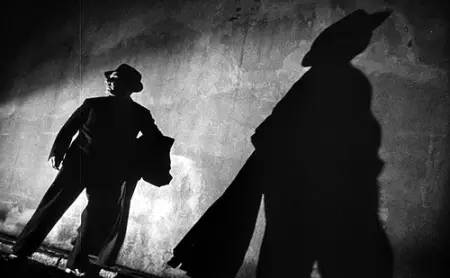 黑色电影经常利用投影制造气氛