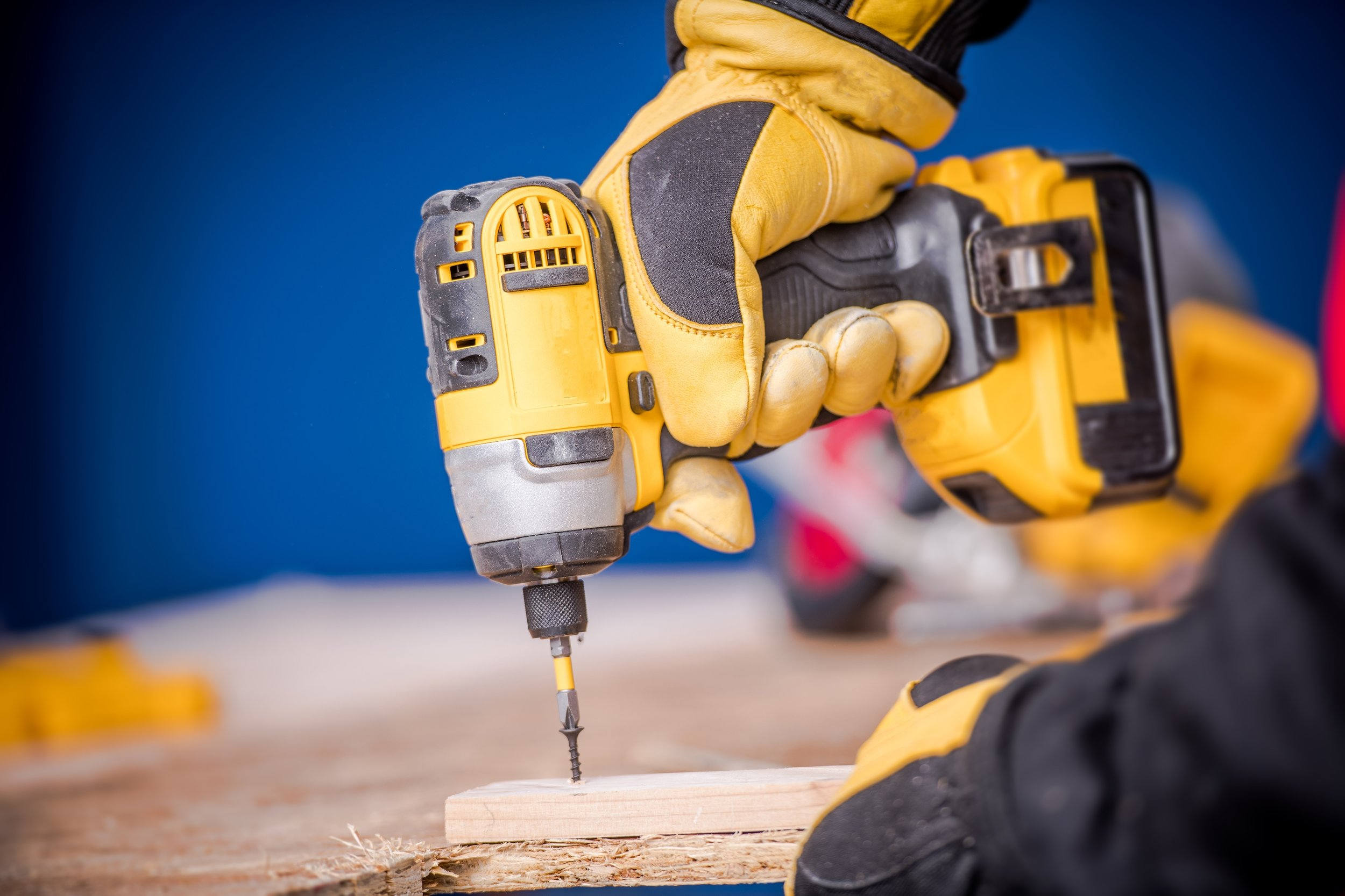 Heavy Duty Construction: What to Look for in a Cordless Drill Holster for Your Tool Belt