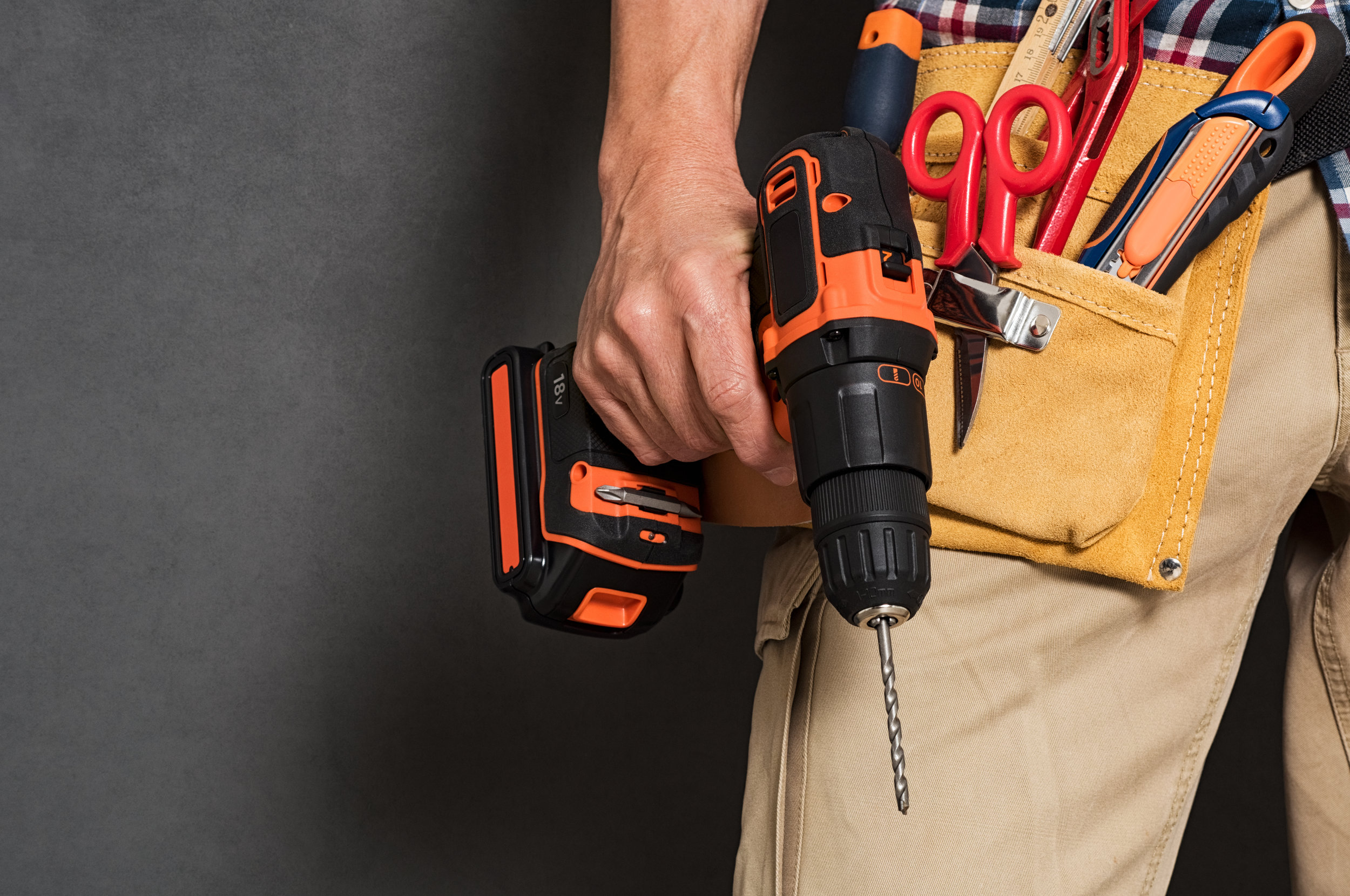 Why Do You Need a Drill Holster Tool Belt, and How Do You Use It?