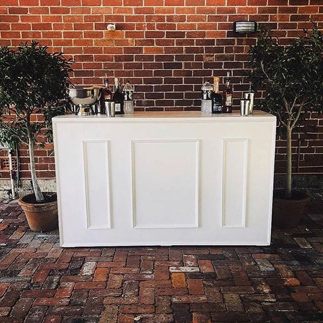 WHITE BAR INSPO ⬆️⬆️⬆️ Looking for a white bar for your party vibe?? We got you!! #barhire #barhireperth