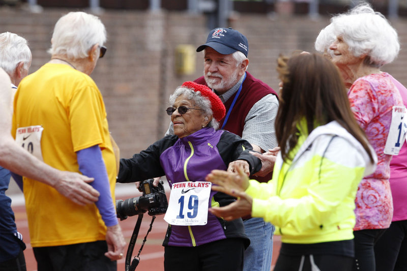 100 year old Ida Keeling sets the world record at the 2016 Penn Relays
