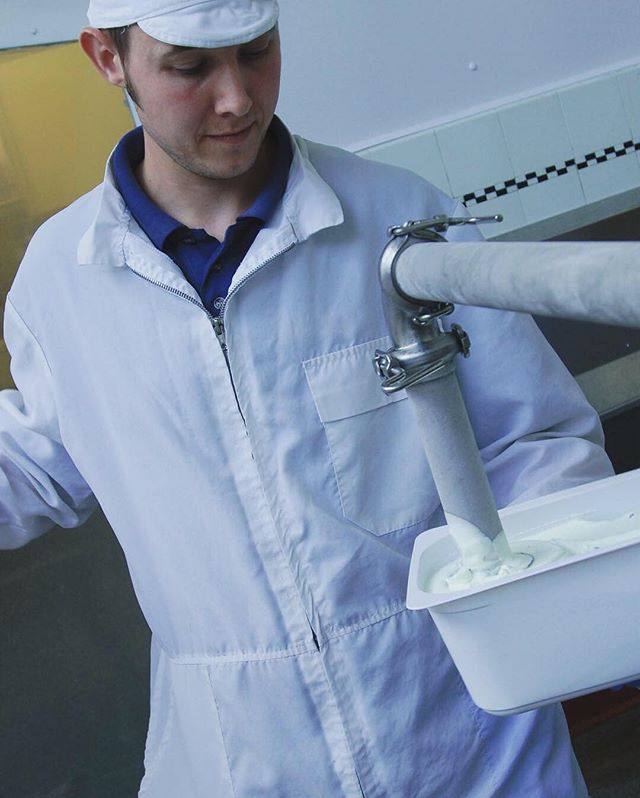 2009 - 2019: Michael still fills the tubs to this current day! 🍦  SWIPE RIGHT ➡️➡️➡️➡️ #10yearchallenge #lakenhamcreamery #icecream #filling #tubs #norwich #norfolk #locallyproduce #local #proud #makers #workers #committed #happy #staff