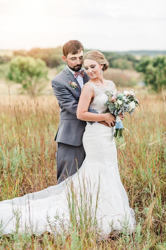 justin-sam-tulsa-wedding-la-vintage-rentals-01.jpg