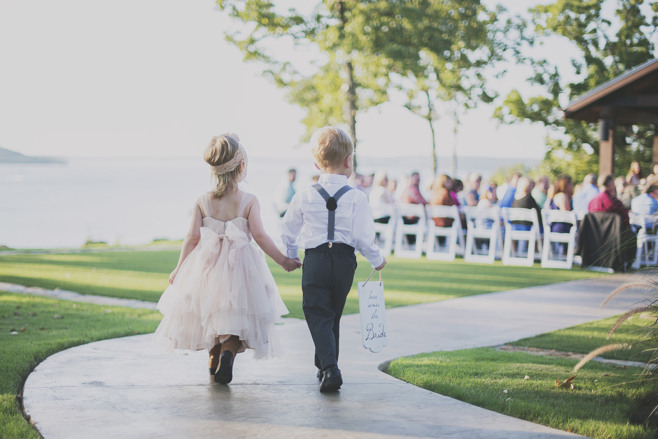 bobby-jessica-tulsa-ok-wedding-la-vintage-rentals-04.jpg