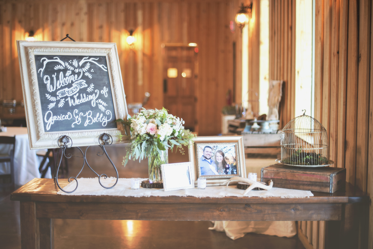 bobby-jessica-tulsa-ok-wedding-la-vintage-rentals-07.jpg