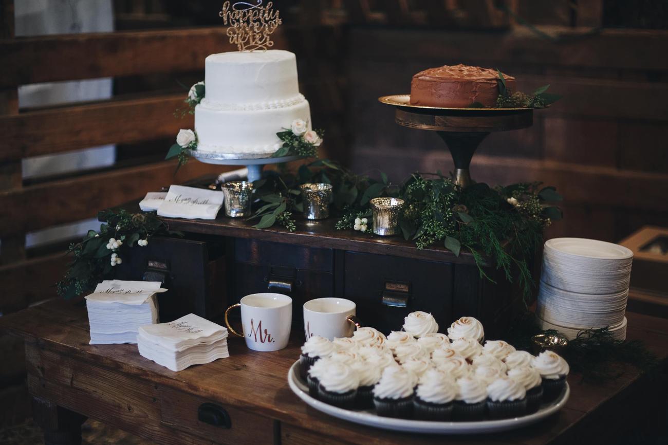 brett-megan-tulsa-wedding-la-vintage-rentals-12.JPG