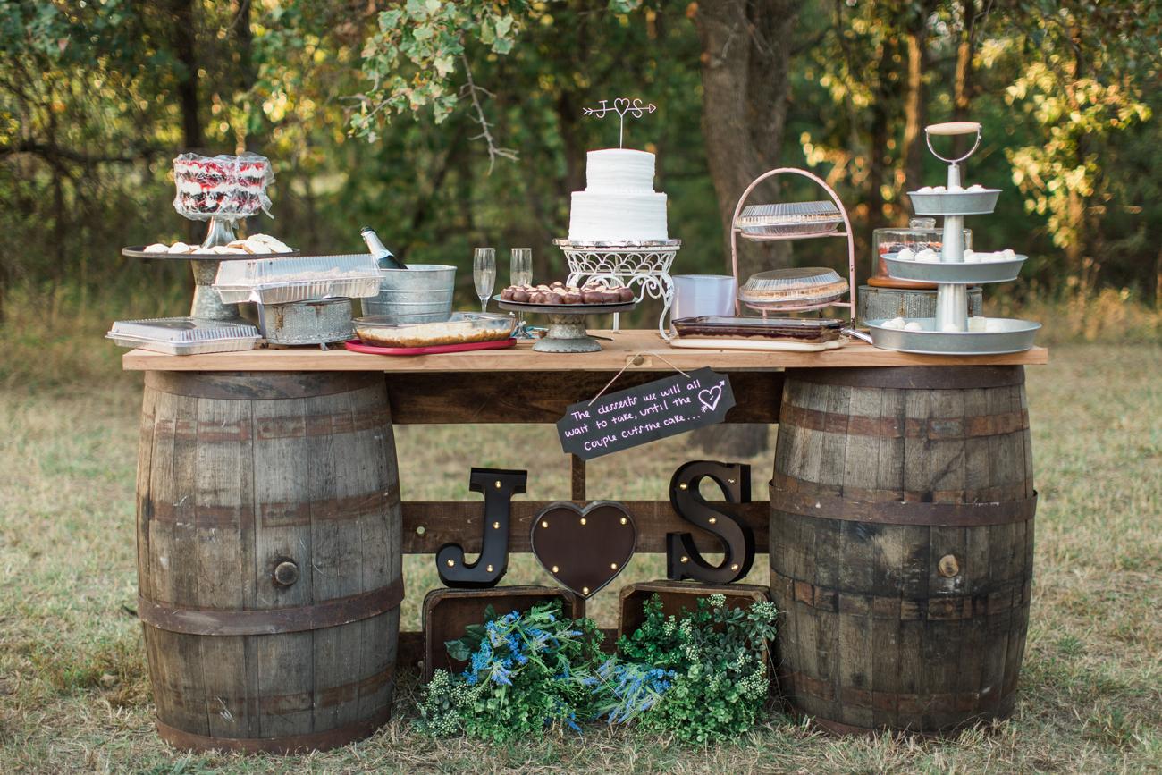 justin-sam-tulsa-wedding-la-vintage-rentals-03.jpg