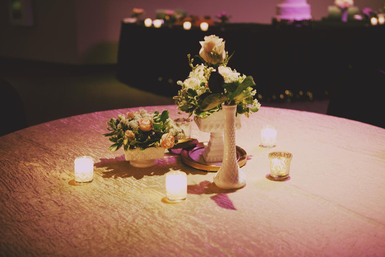 sam-christine-tulsa-wedding-la-vintage-rentals-07.jpg