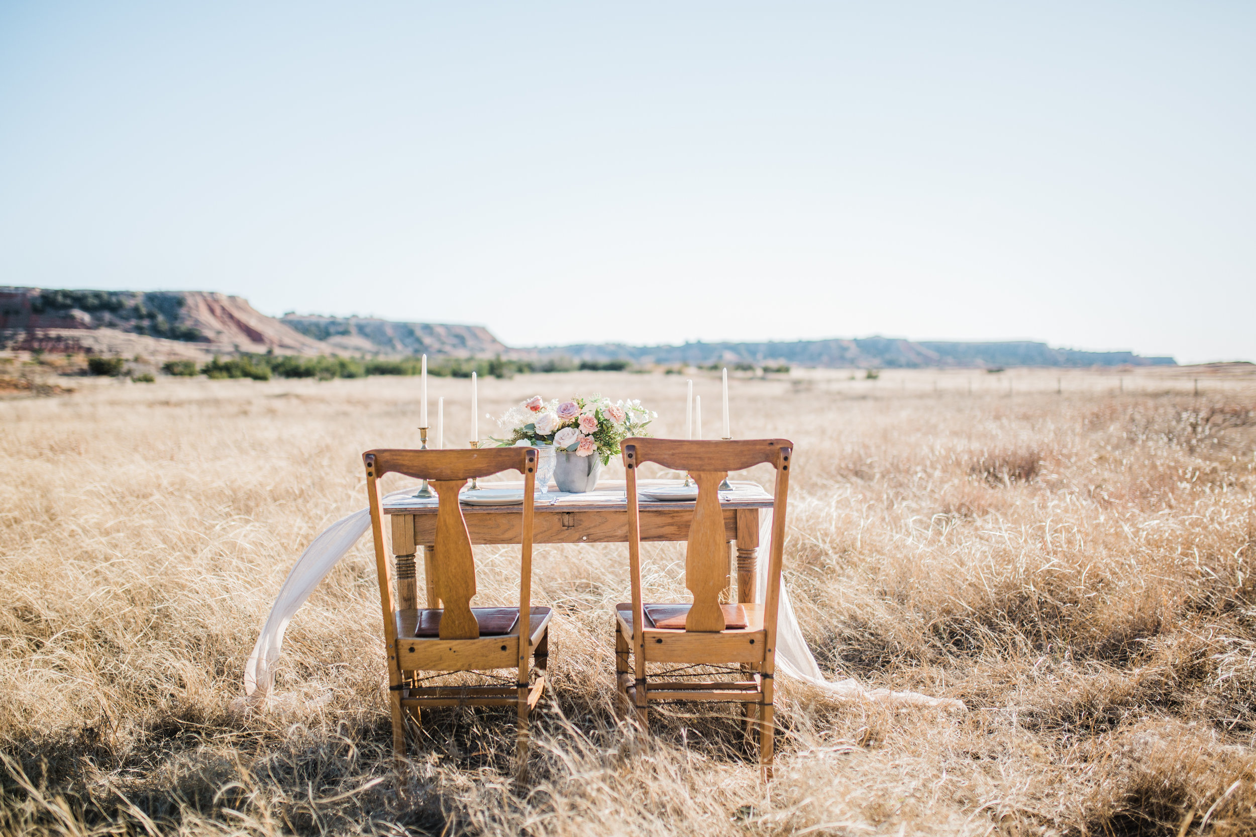 gloss-mountain-wedding-la-vintage-ok-rentals-03.jpg