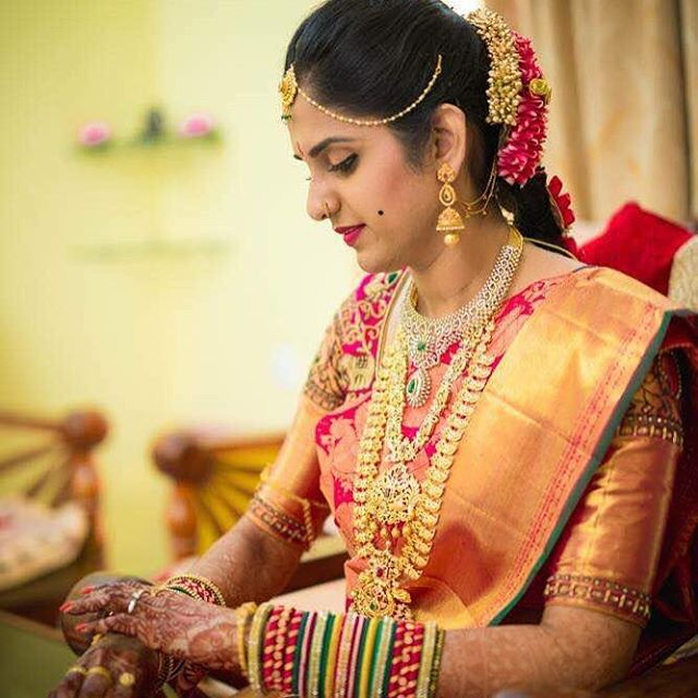 What's on her mind??? #candidphotography #weddingphotography #wedmegood #Trulycandid #weddingsutra #bridalshoot #bridalportrait