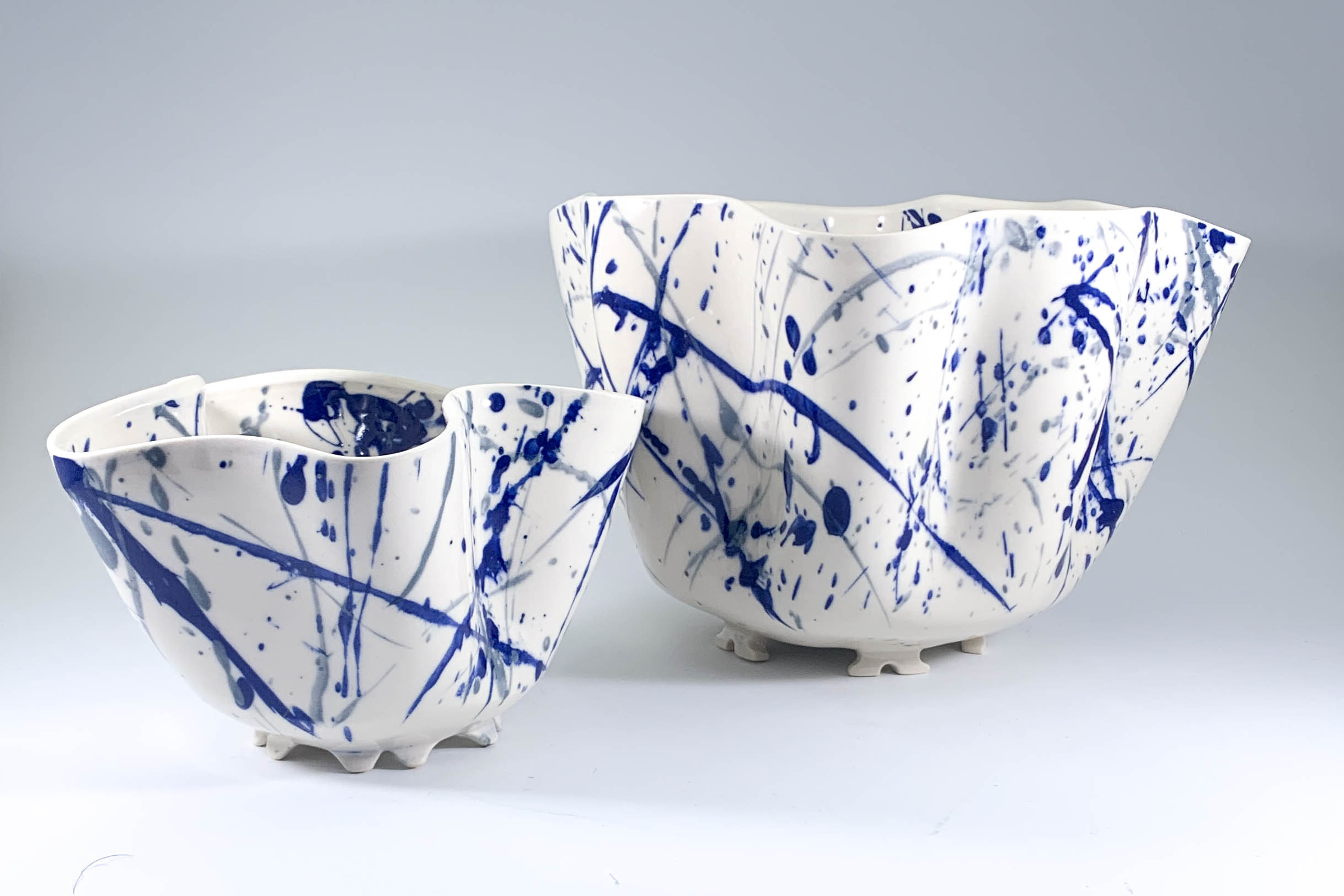 Frenzied Wave Tall Bowls