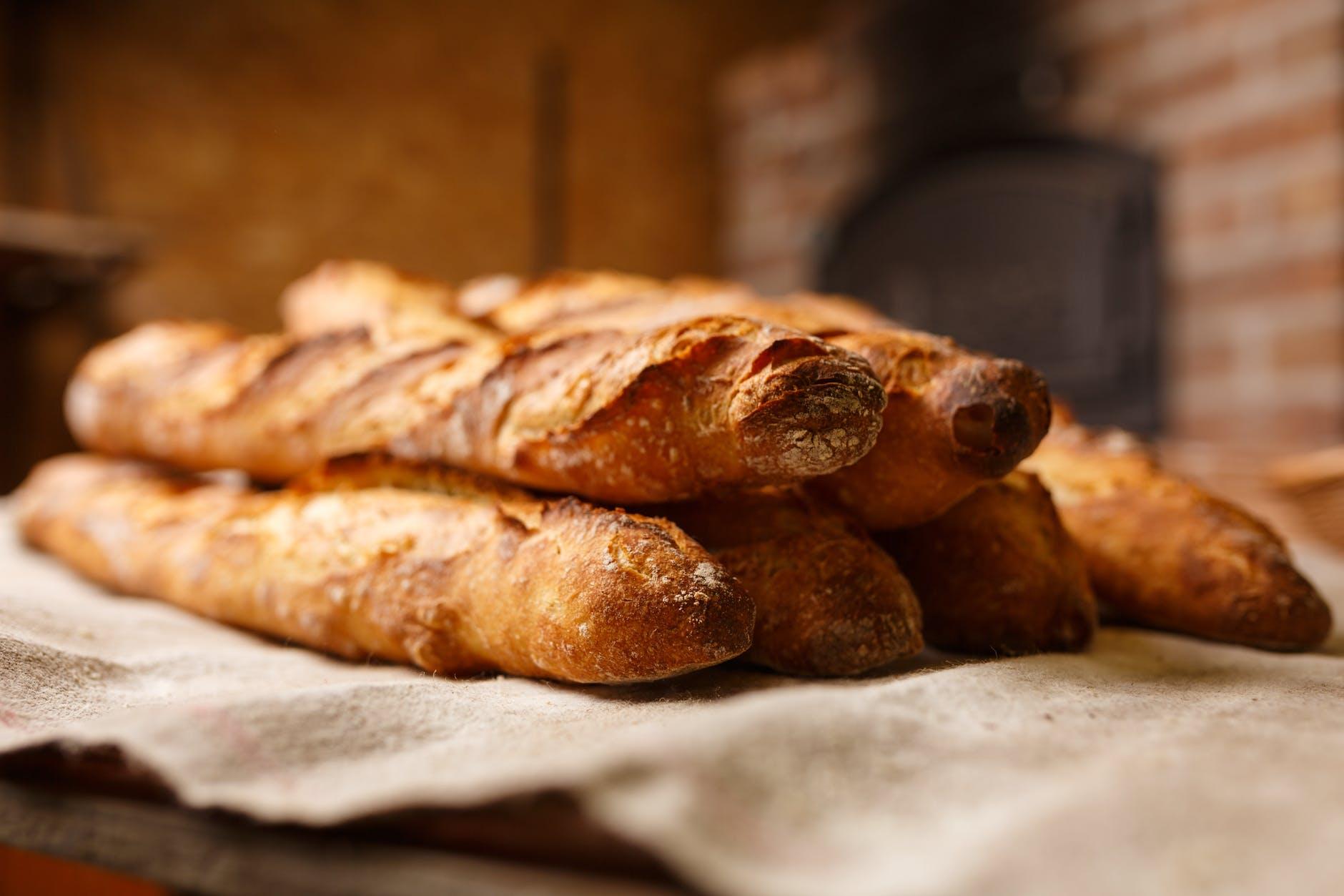 fresh italian bread.jpeg