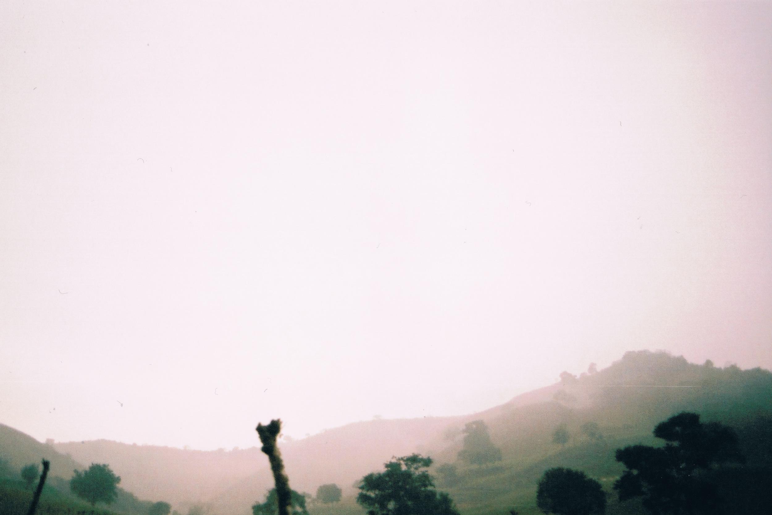 nebel, berge, stille.jpeg