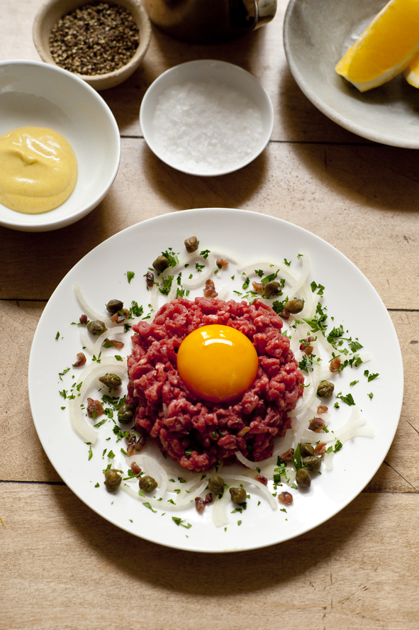 Meat_SteakTartare_03.jpg