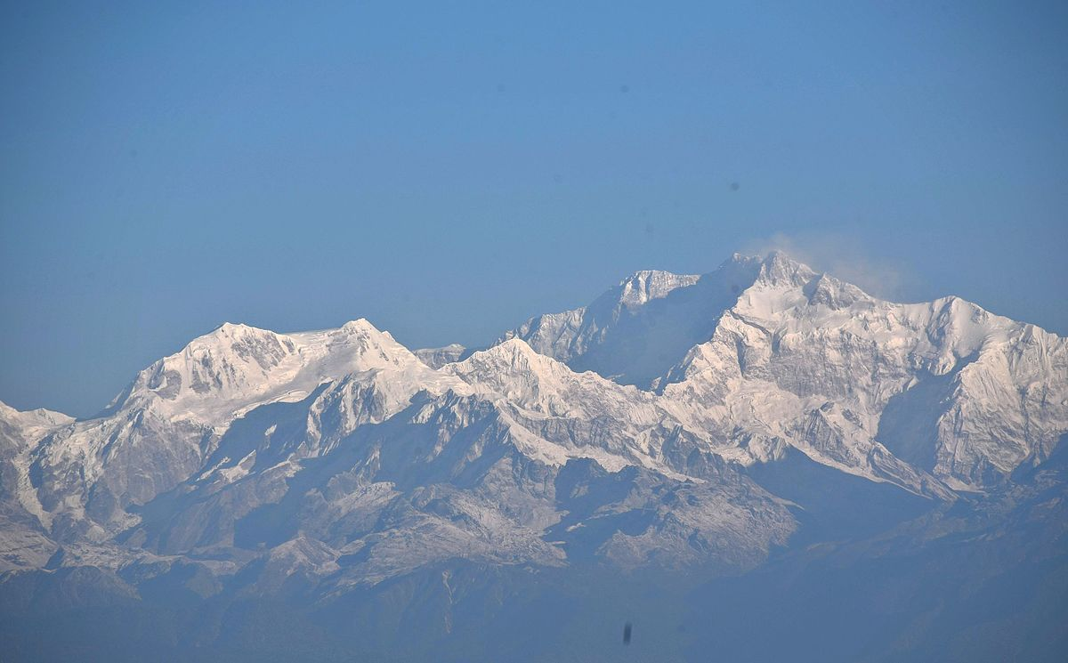 Kanchenjunga_from_Tiger_Hills.JPG