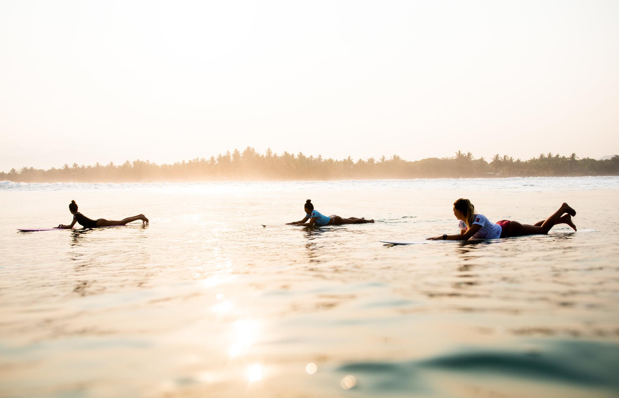 SURF_ZOE_BBRADLEY-29.jpg