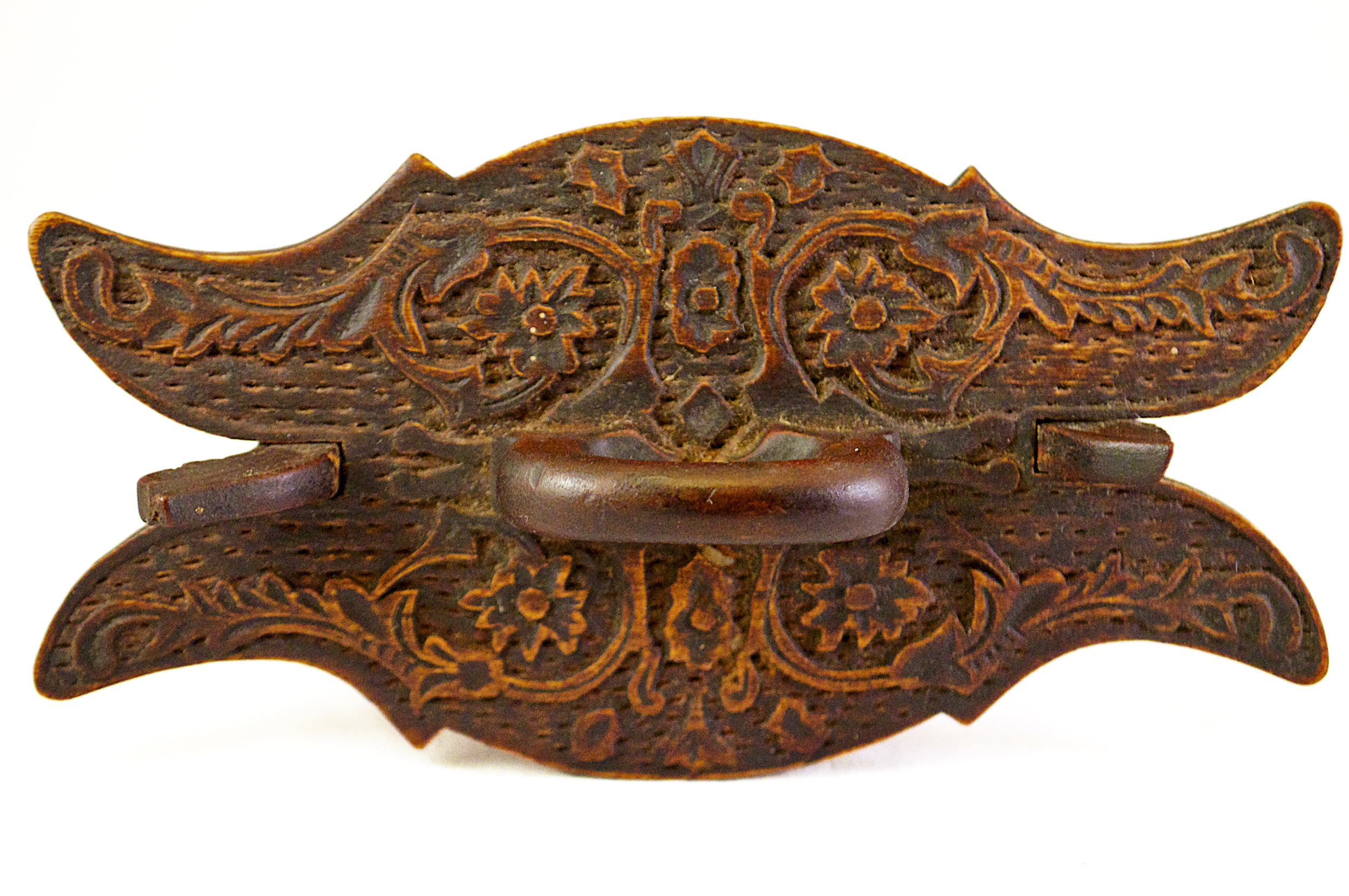 Carved wooden tine, top view, circa 1870s, Norwegian.