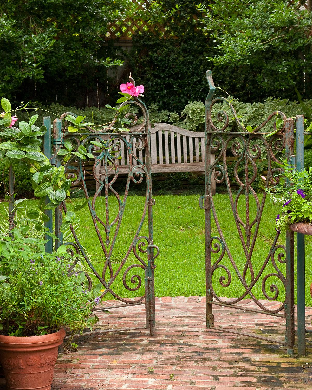 MichaelMartinez-Garden-2.jpg