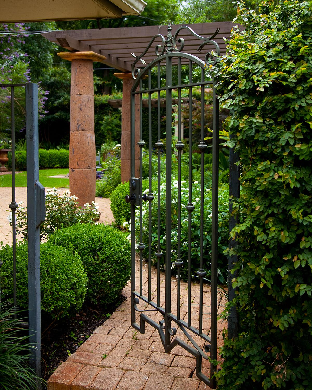 MichaelMartinez-Garden-1.jpg