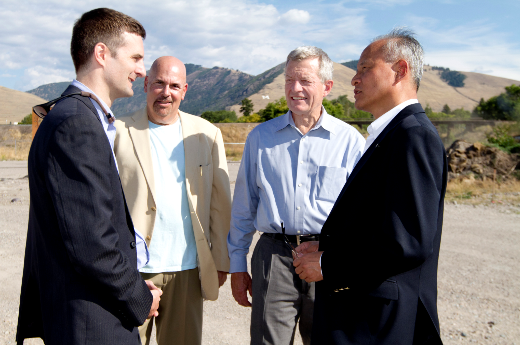 (Todd Jackson and Arnold Sherman meet with Former U.S. Senator and current U.S. Ambassador to China, Max Baucus and Chinese Ambassador to the U.S. Ciu Tiankai at the Old Sawmill District site in 2013. Click to enlarge.)