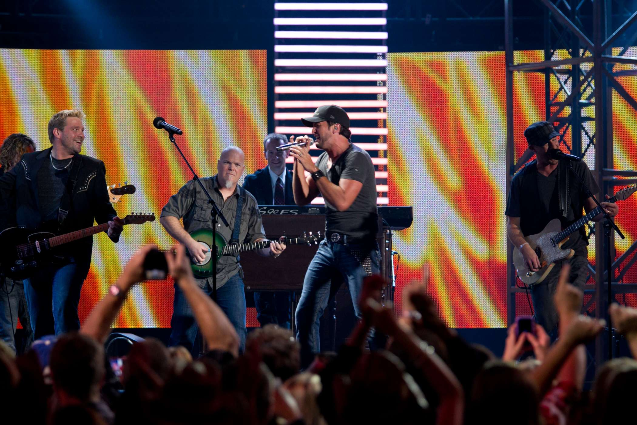 Luke Bryan_Doc Walker CCMA 2011 #2.JPG