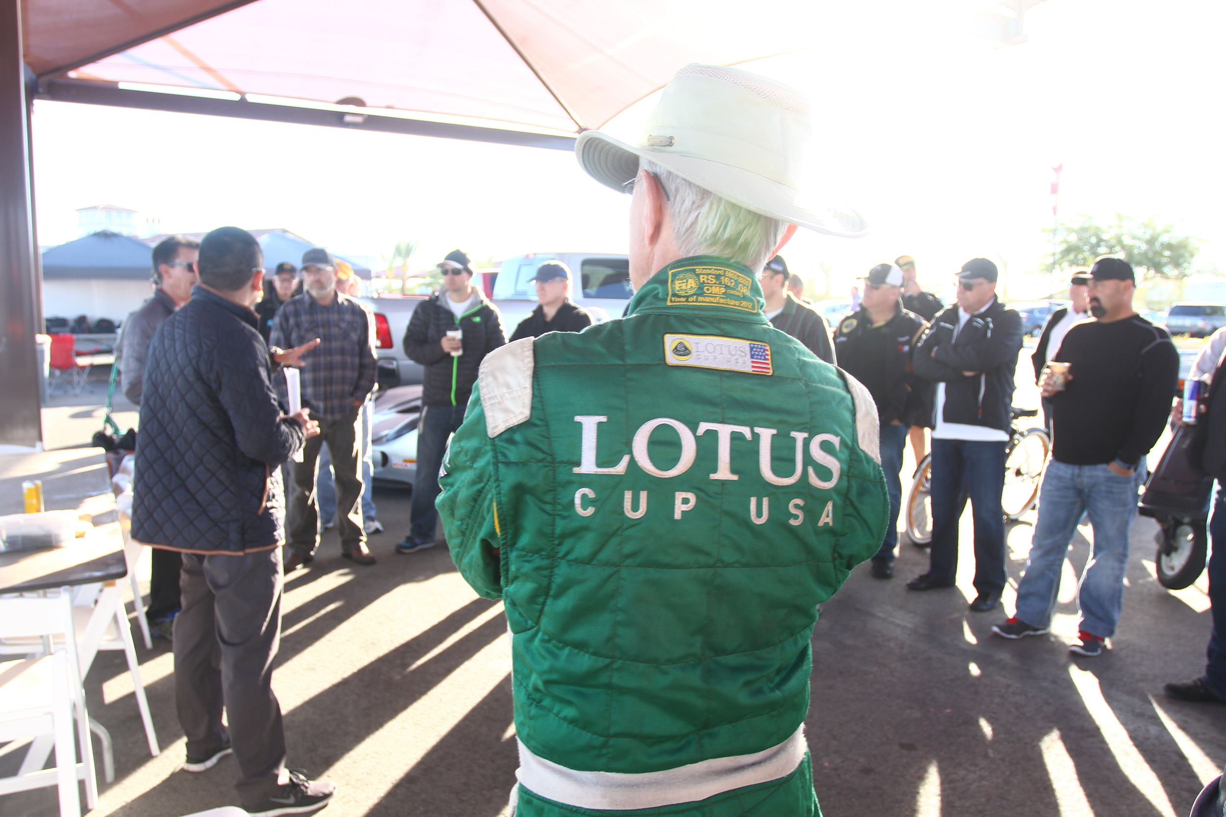 Dec-05-06-2015-Lotus at Thermal - Saturday - Around Pits - PIT_4572.JPG