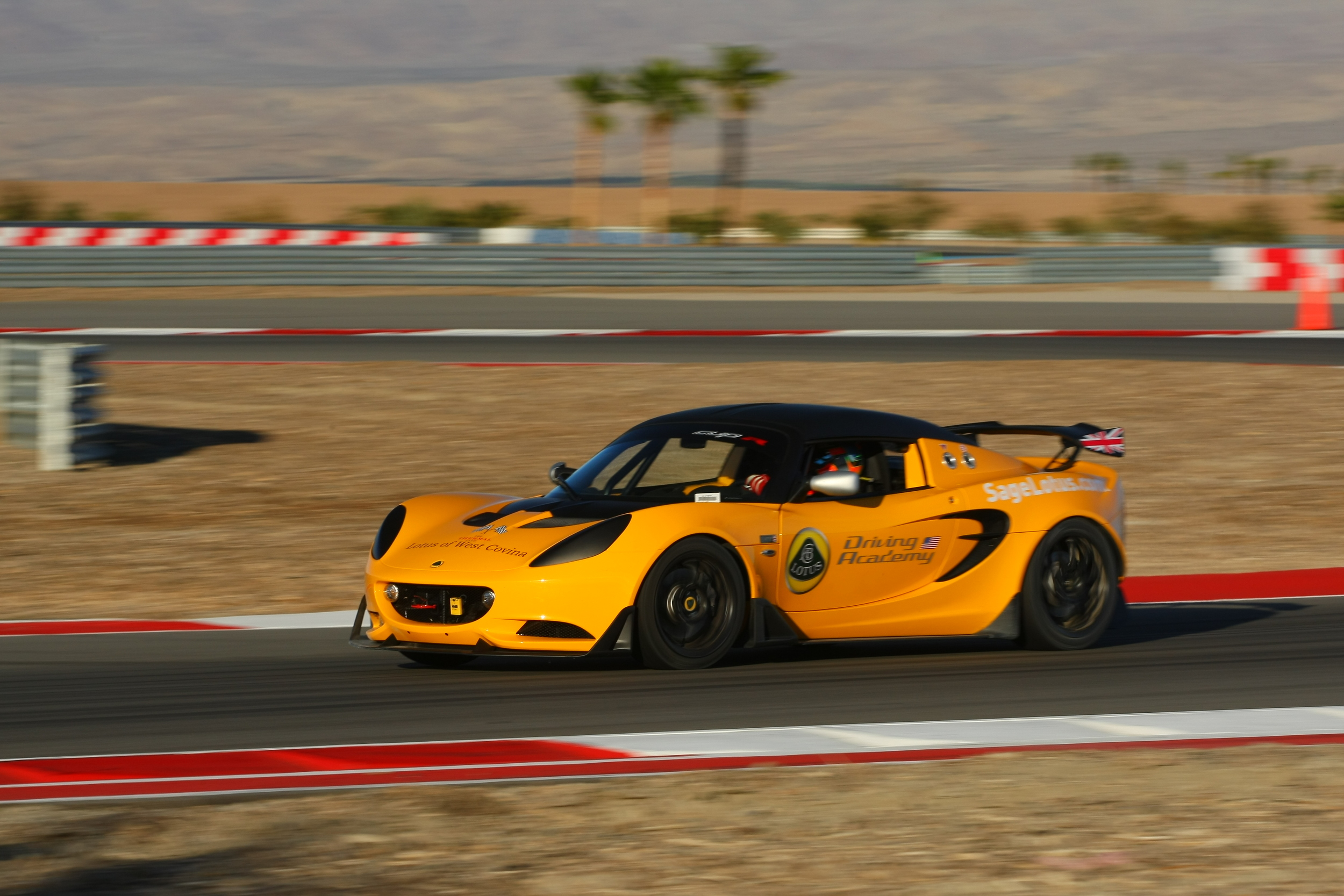 Dec-05-06-2015-Lotus at Thermal - Saturday - Lotus Cup - Race - AC2_3816.JPG