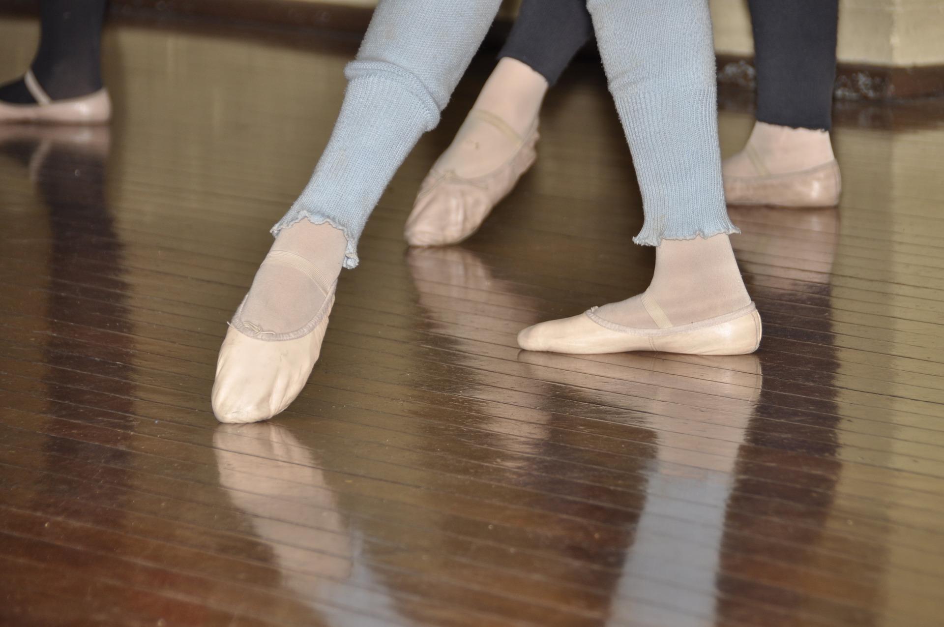 ballet-2688571_1920.jpg