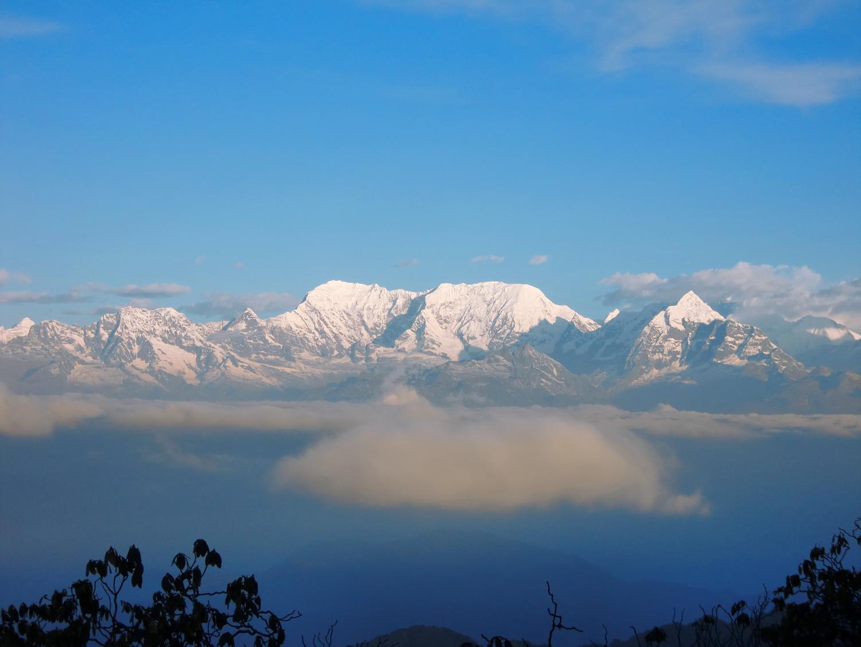 Nepal.EastNepal.Dobate.Sunrise.Clouds.Himalayas5.jpg