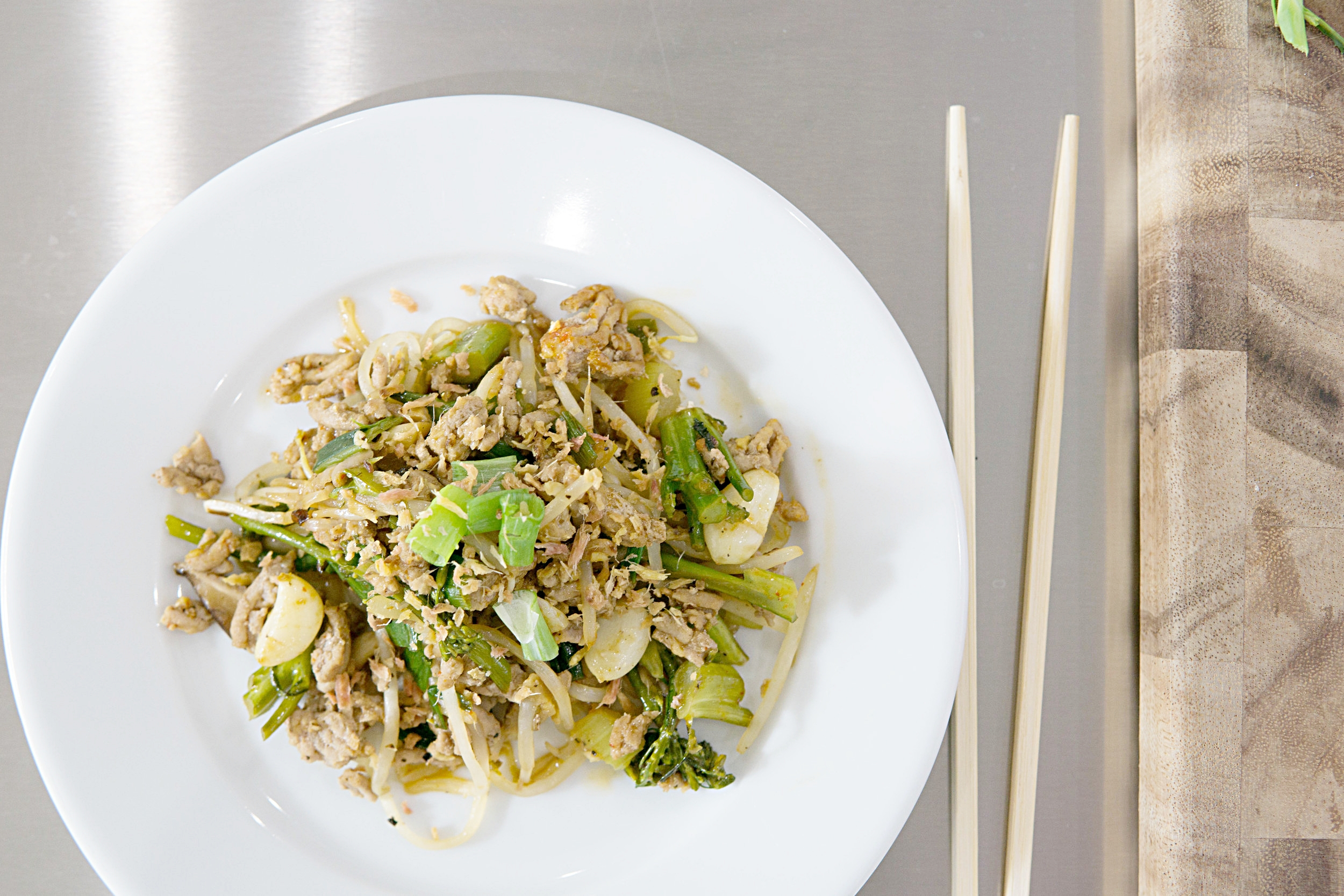 ground-turkey-broccoli-stir-fry-healthy-recipe (1 of 10).jpg