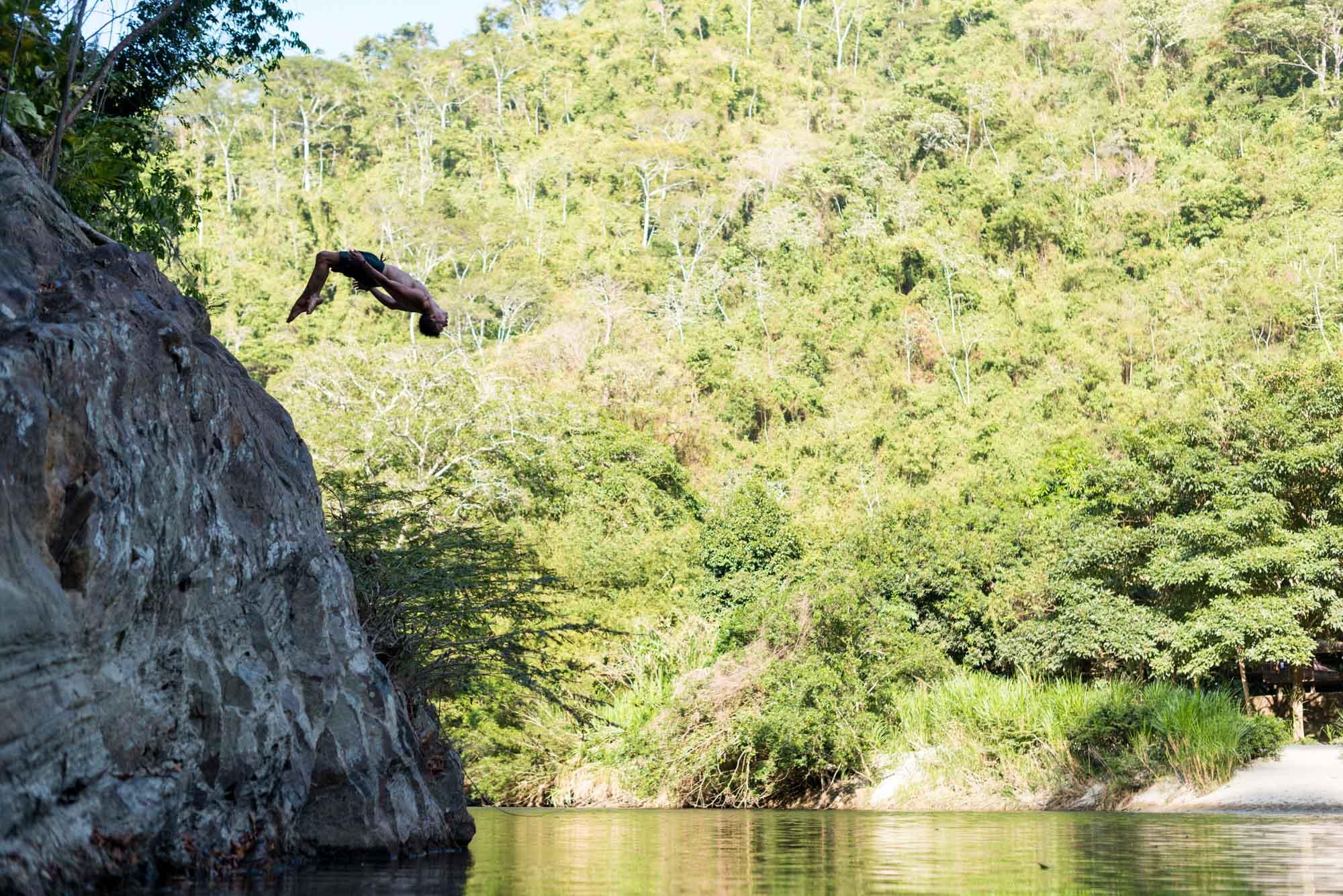 cliff jump 2_El Rio