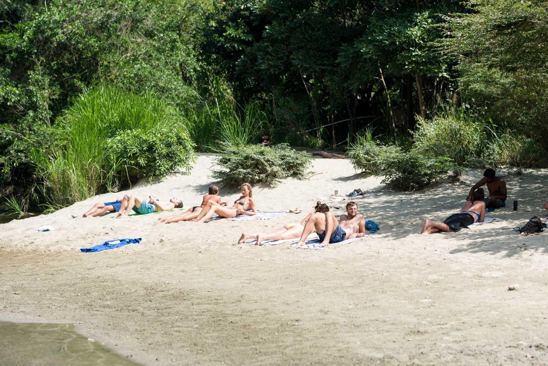 beach lake_El Rio