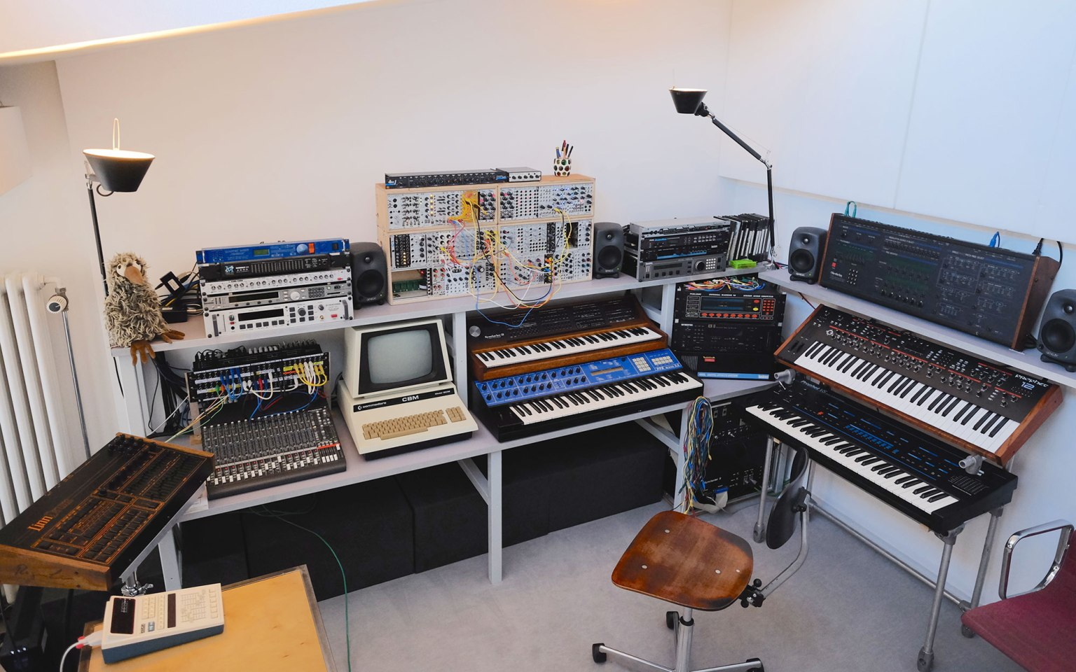El estudio de Robert Henke. (Foto de la entrevista para Headphone Commute)