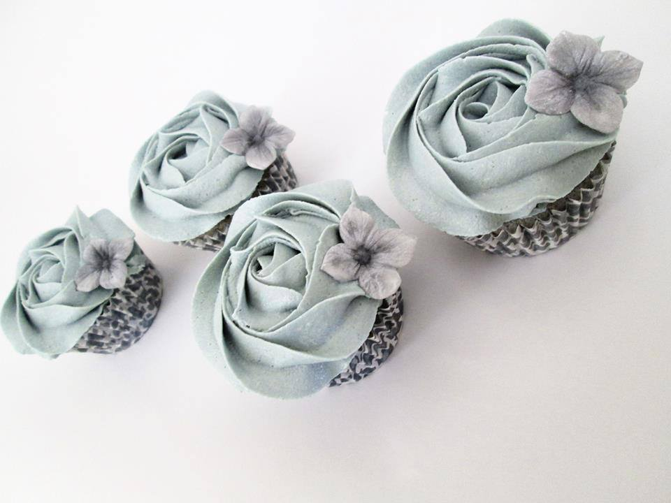 grayhydrangeas.jpg