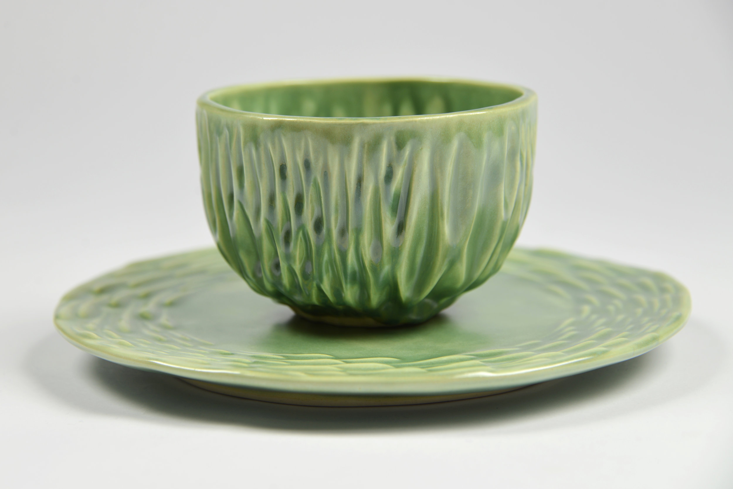 Textured Plate and Bowl Set (2017)