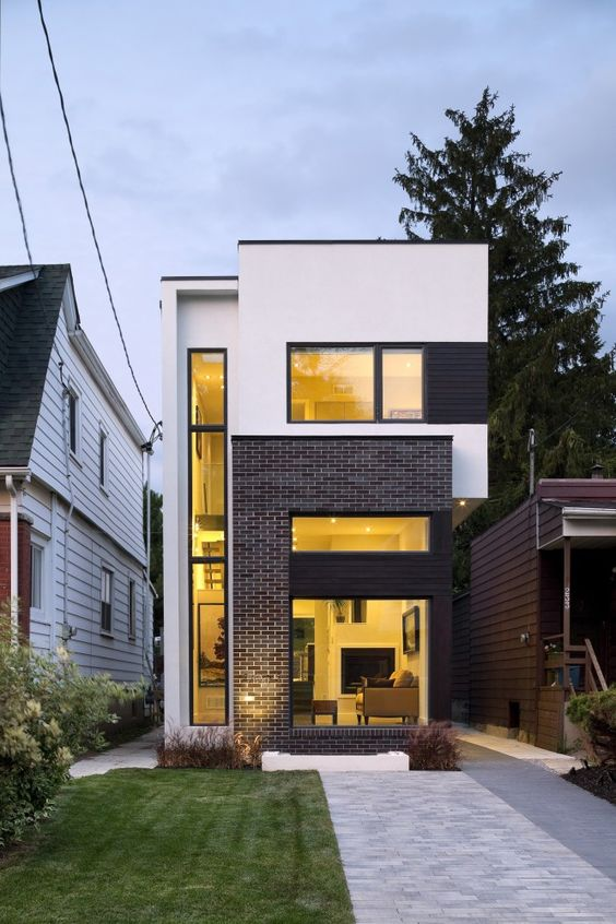 Narrow, small lot design by GREEN DOT ARCHITECTS