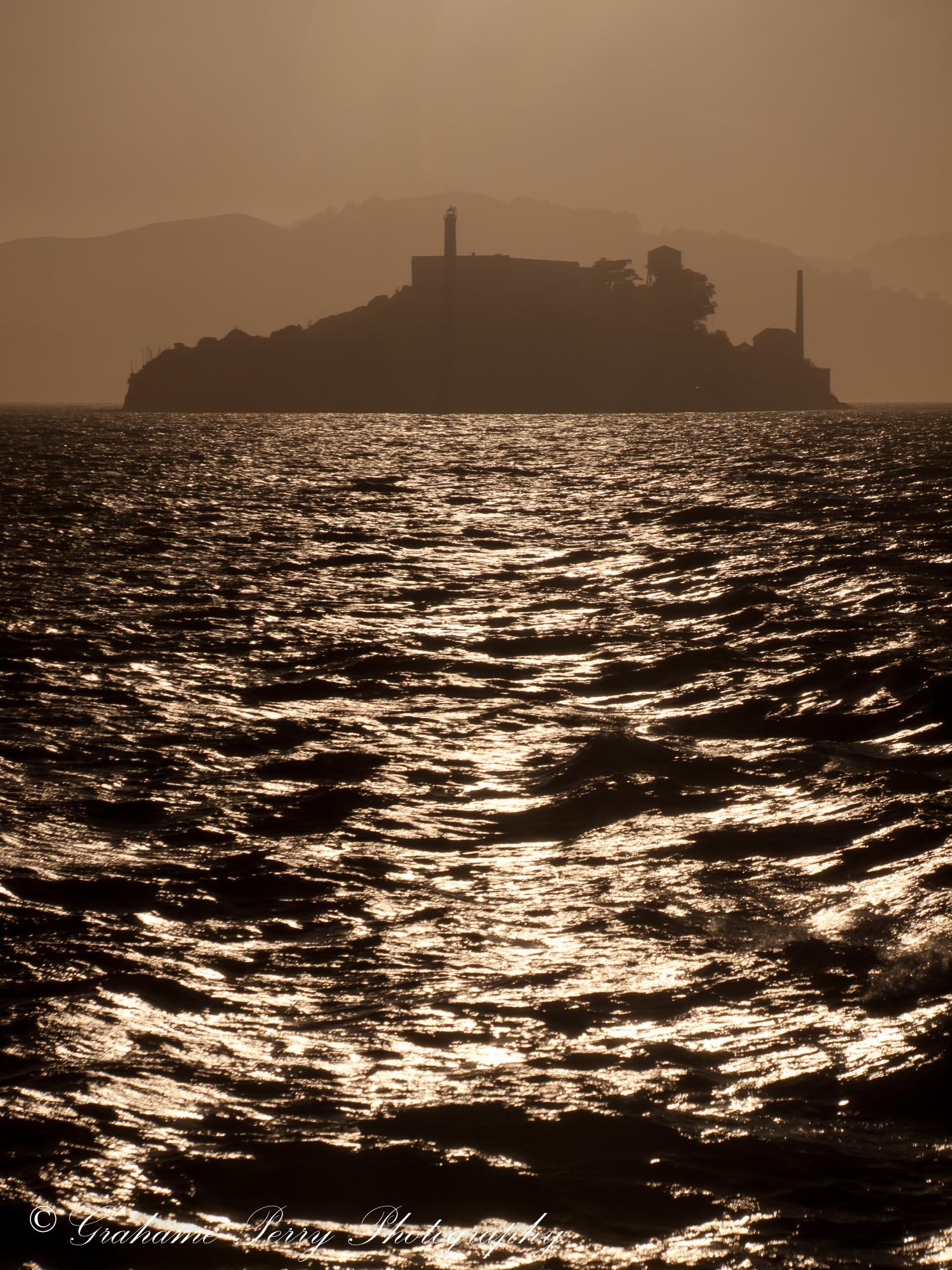 Grahame Perry - 81 Bees - Cliche - Alcatraz.jpg